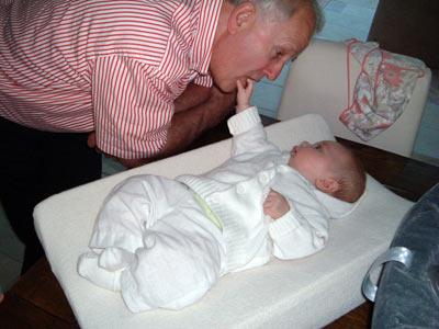 Lip van opa